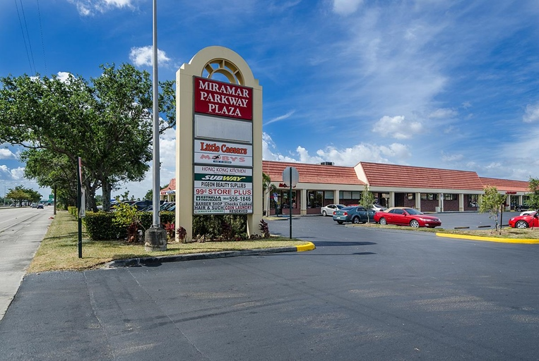 miramar parkway plaza � fip realty commercial division
