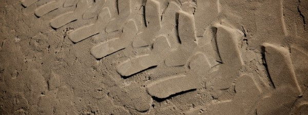 traction_canstockphoto12455246